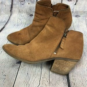 Well loved Frye Ankle Boots Size 9